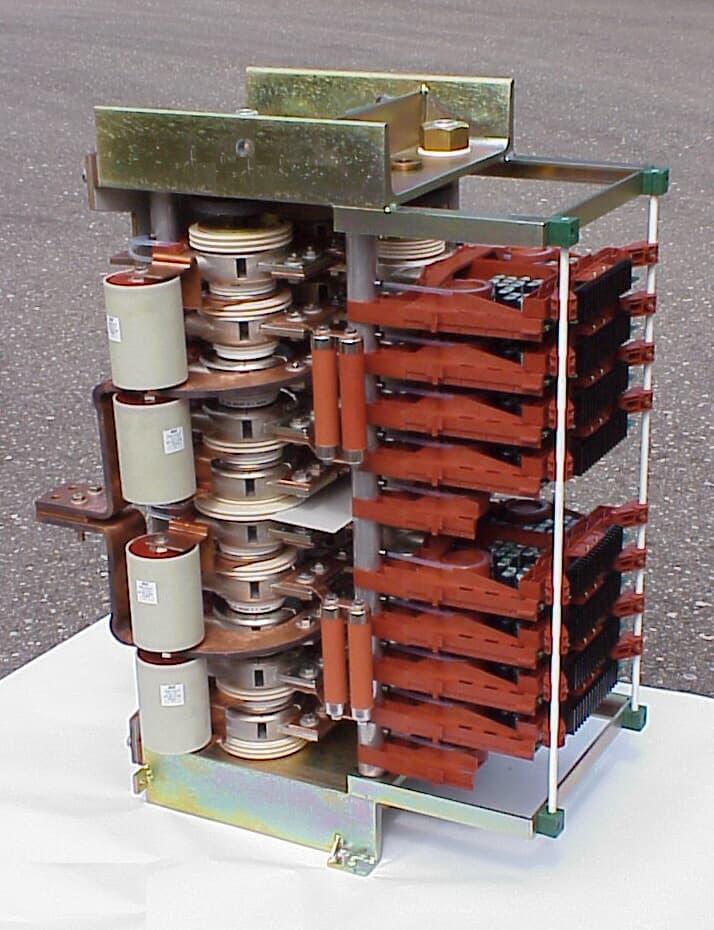 3 MVA H-Bridge or 2 phase converter block