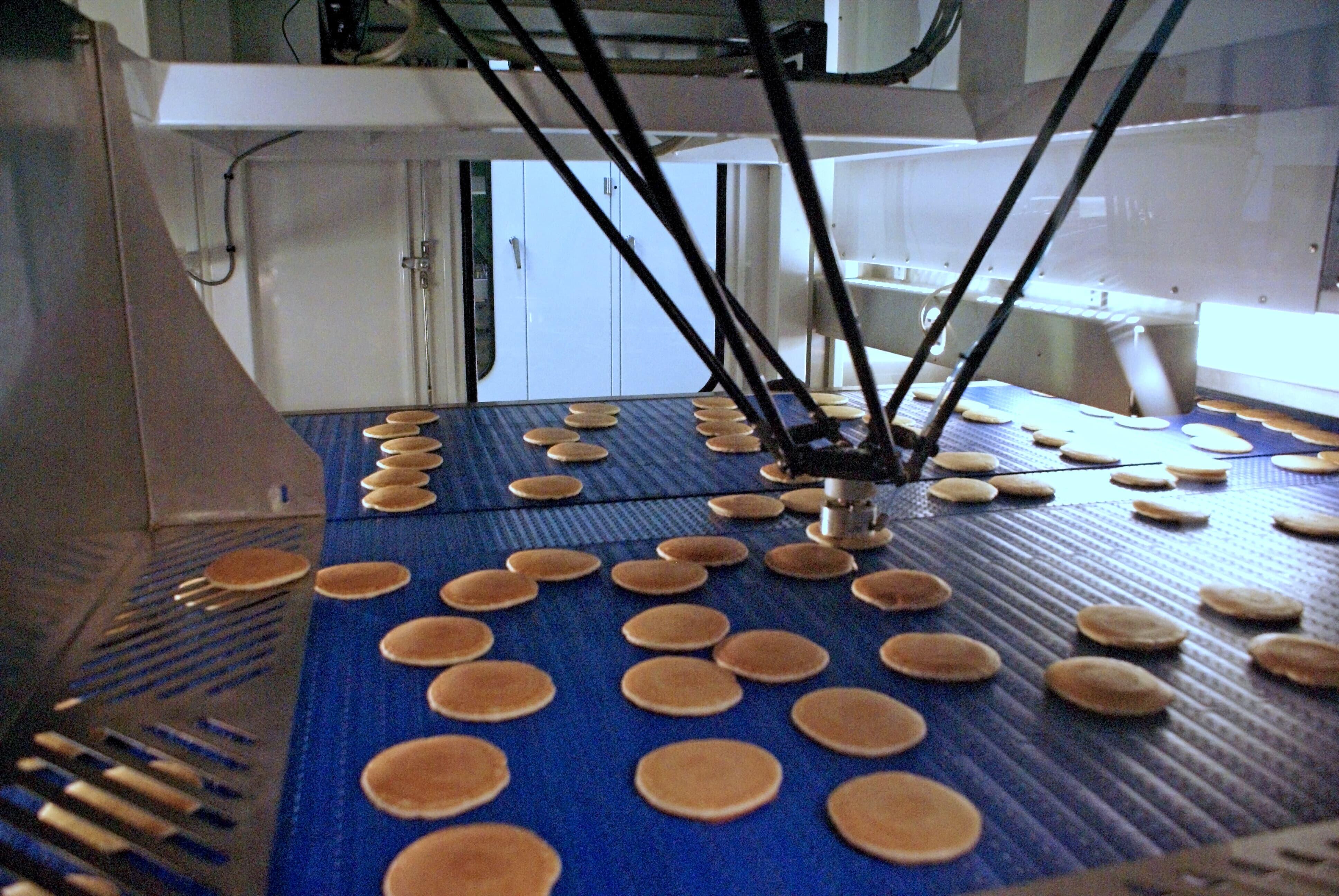 Pancake handling at Honeytop in the UK