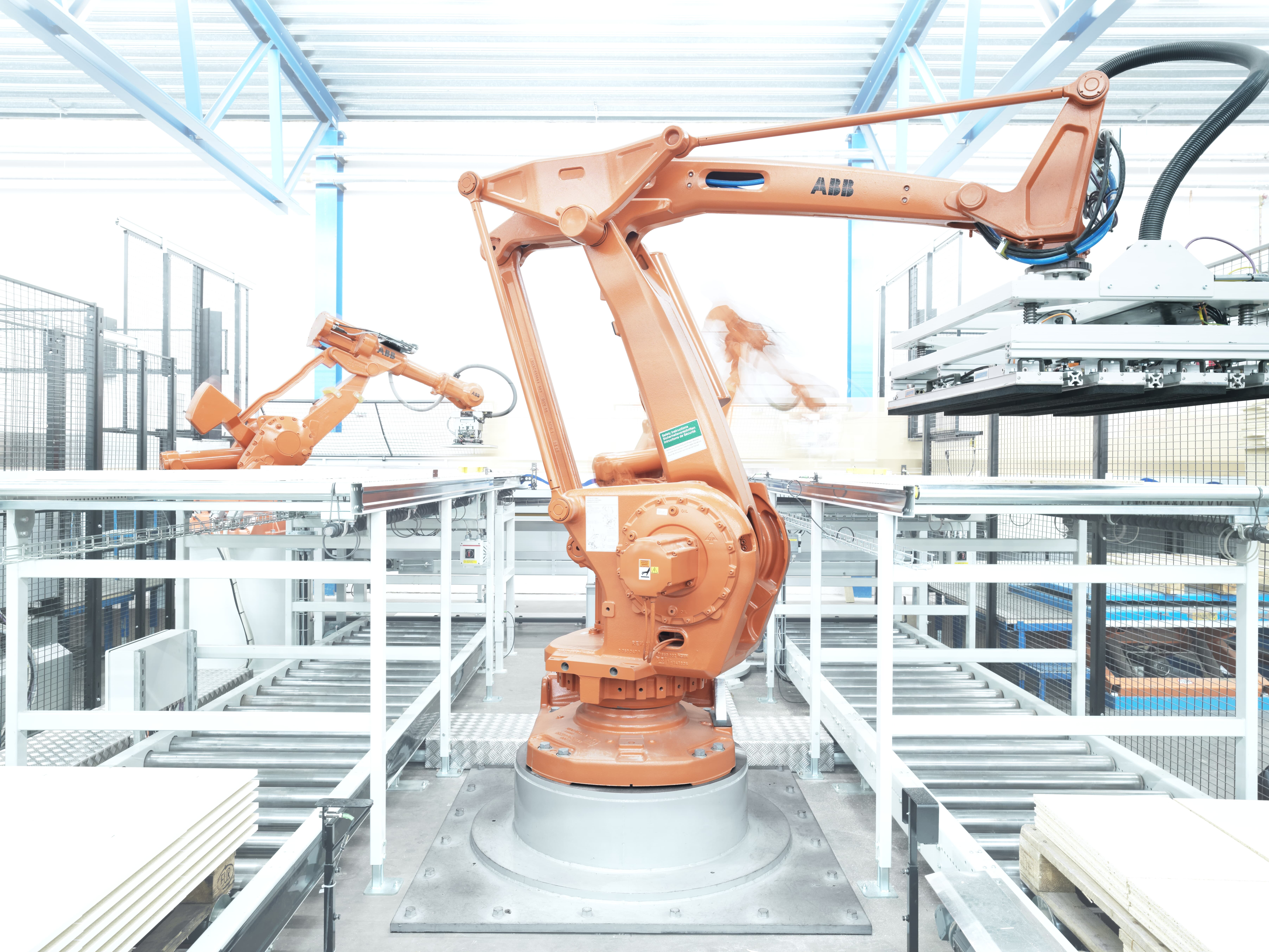 ABB robots packing and depalletizing for Svedplan<br>