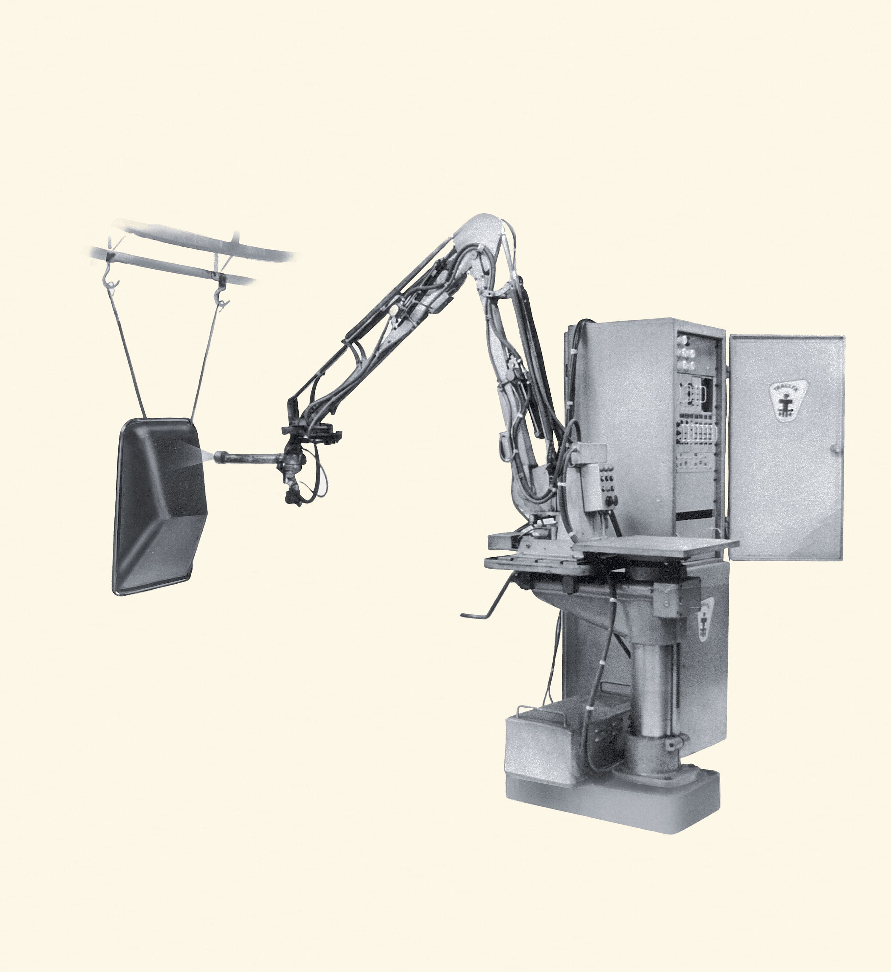 3 Early version of the Trallfa paint robot from 1969